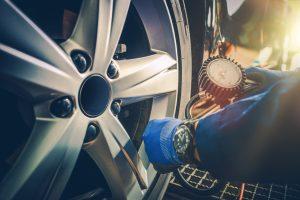 Pression pneus pour différents modèles de voitures