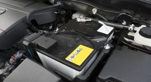 Changement d'une batterie de voiture