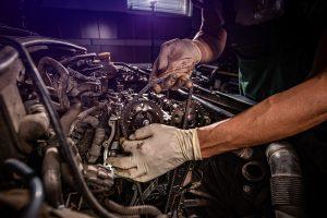 Comment arrondir ses fins de mois en proposant ses services de mécanicien ?